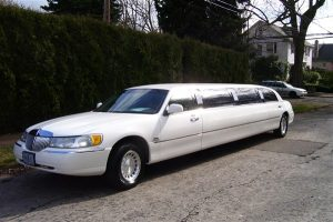 Lincoln White Exterior